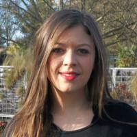 Charlotte Deroubaix, Profeel, Spécialiste des projets juridiques complexes